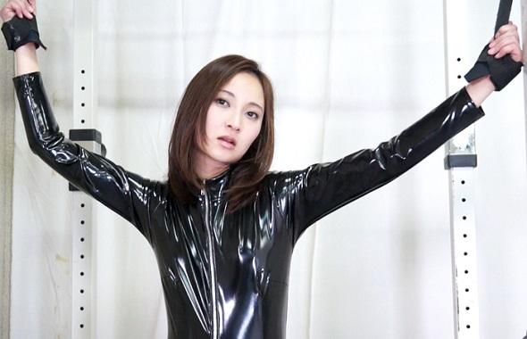 現役SM女王様をくすぐり 掟破りのM男の復讐劇